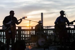 The Mo-Rons playing live music at AQUA