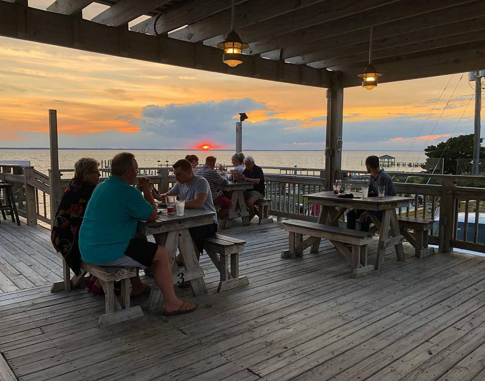 AQUA Restaurant Duck NC Outer Banks Deck Setting